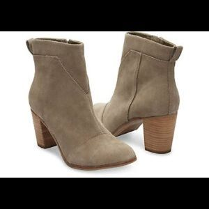 Toms Lunata Booties. Size 9.